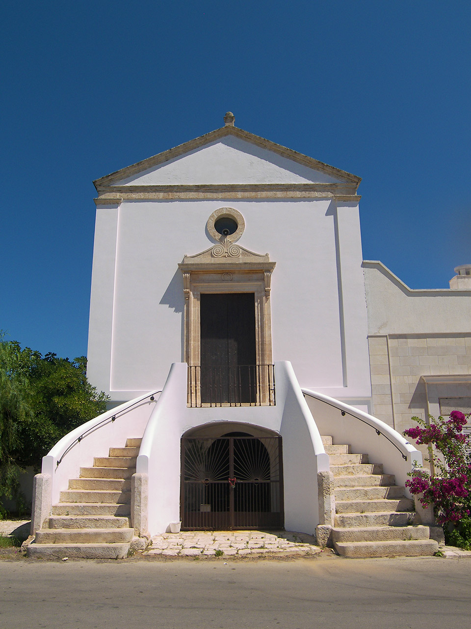 costruzioni restauri sirio ostuni chiesa madonna della croce villanova ostuni chiesetta villanova 1