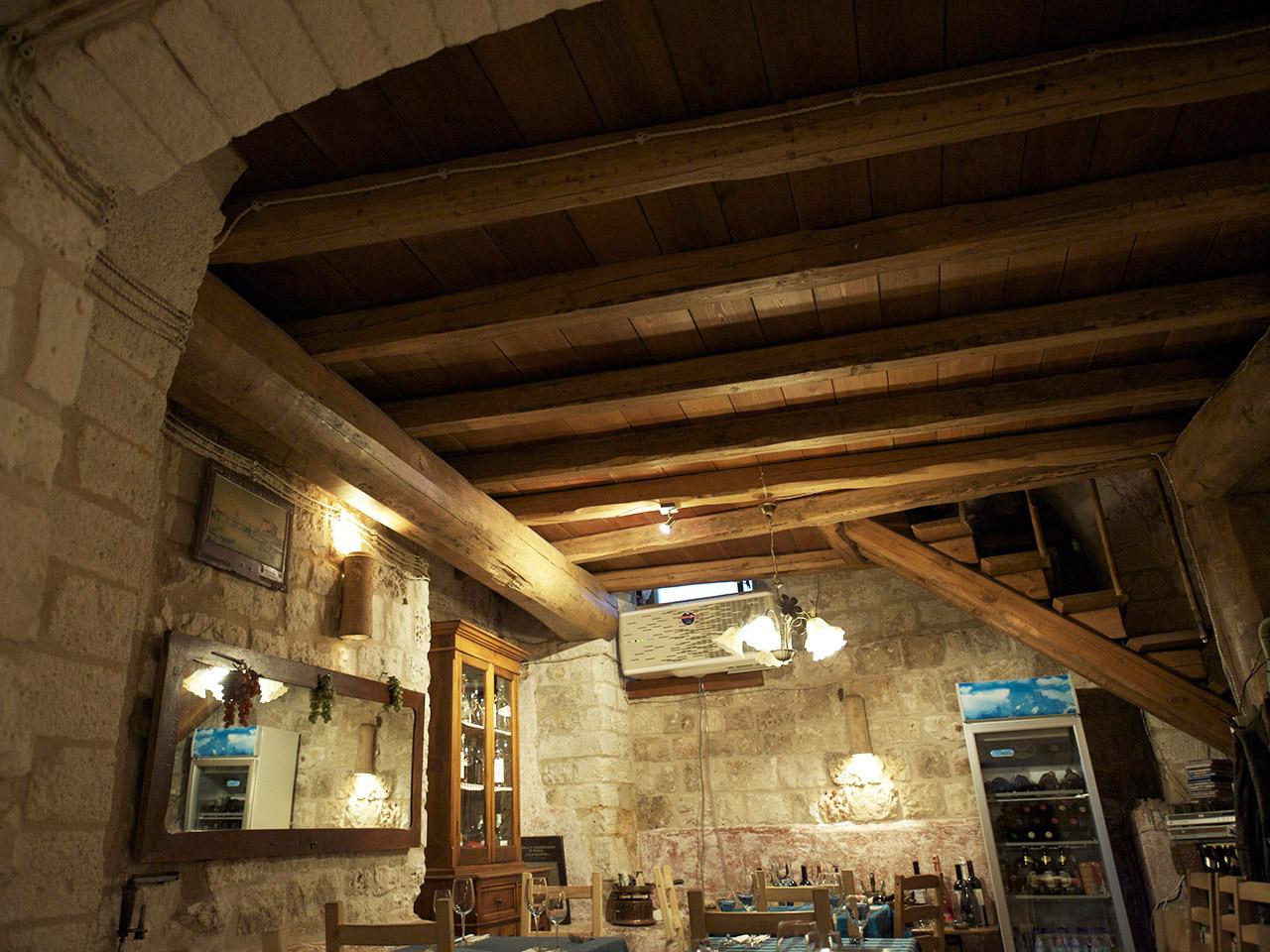 ristrutturazione restauro ristorante casa san giacomo centro storico ostuni dan 6858